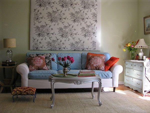 eklektiškas gyvenamojo kambario dizainas