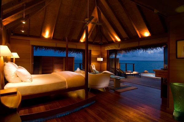 miegamasis viloje šalia vandenyno