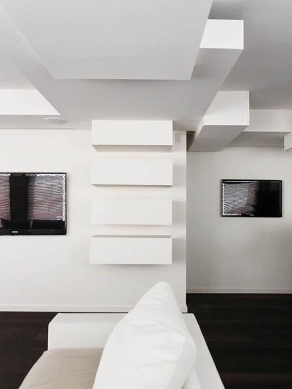 stačiakampės formos lentynos ant sienos