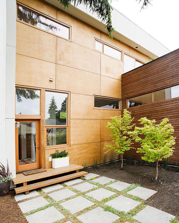 namo fasadas kiemo pusė
