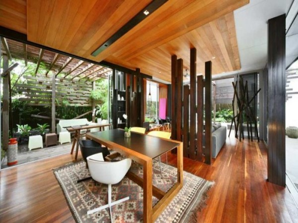 namas australijoje svetaines, valgomojo interjeras