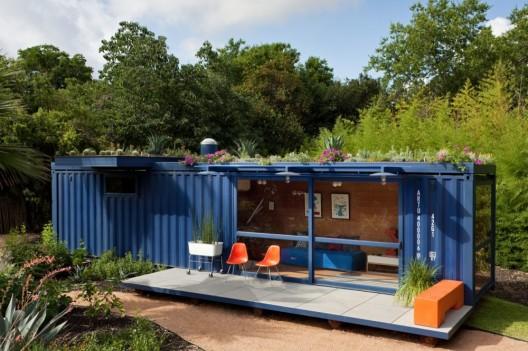 namas konteineris fasadas iš priekio