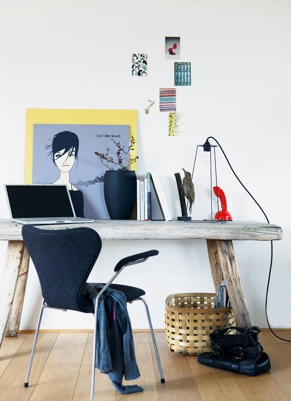 Vintažinio stiliaus darbo kambario erdvė