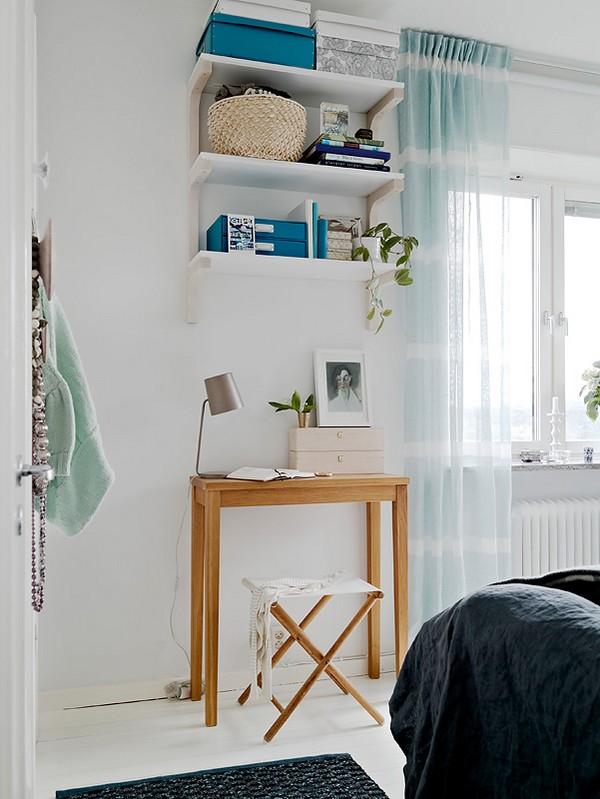 erdvė prisėsti ir paskaityti namuose