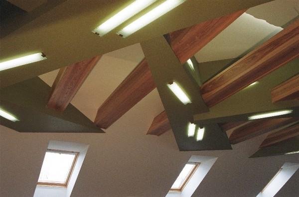 Lubų dizaino salėje fragmentas