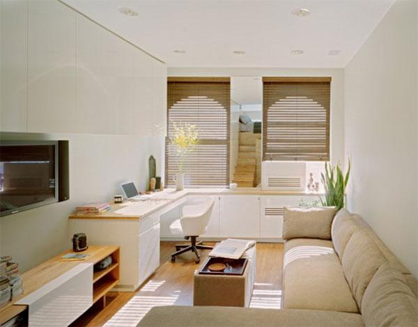 namų biuro erdvė mažo buto svetainėje