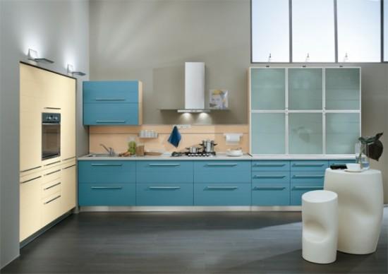 Ala-Cucine melsvos spalvos virtuvės spintelių durelės