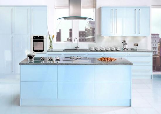 Modular akvamarino elektrinė spalva virtuvės dizaine