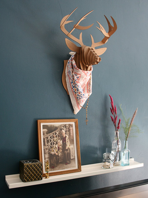 dekoratyvinis elnio ragų maketas vintage interjerui bute
