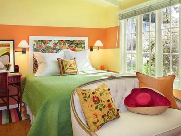geltona oranžinė žalia raudona miegamojo interjere