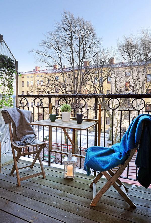 vaizdas iš balkono žiemą
