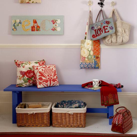 prie kambario interjeras nam dizainas. Black Bedroom Furniture Sets. Home Design Ideas