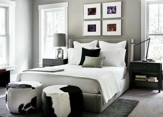miegamojo kambario interjeras juodai baltame namo interjere