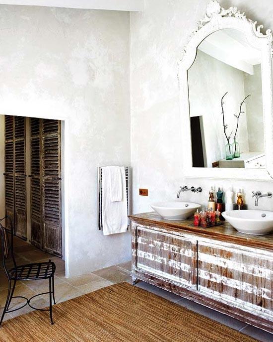 nauja - sena vonios interjero detalėse