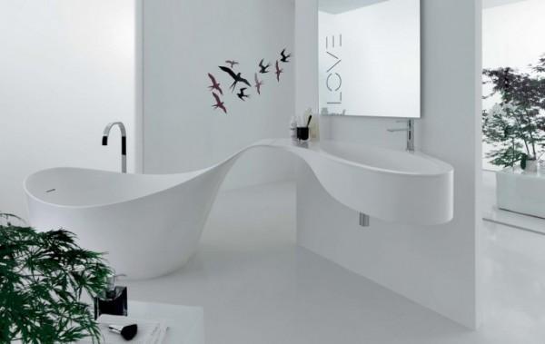 baltas vonios dizainas-novello