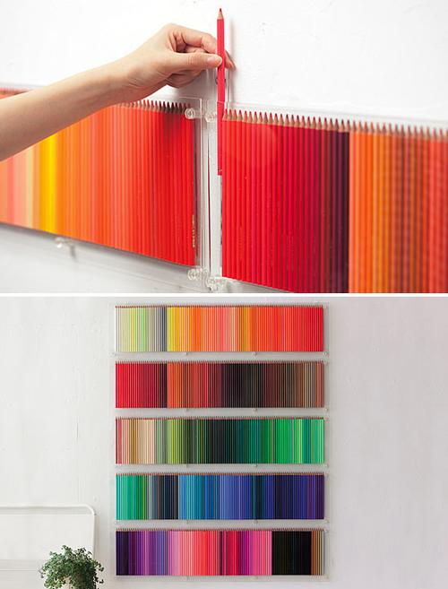 spalvotų pieštukų lentynėlė
