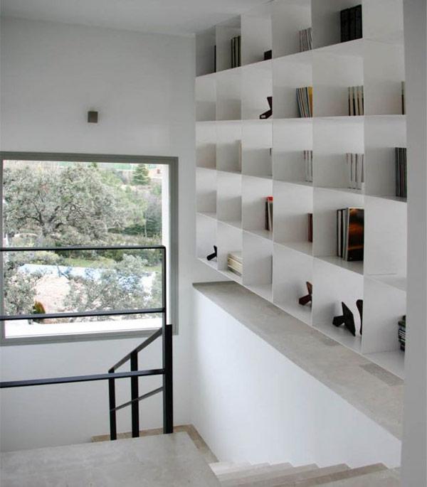 lentyna, langas, laiptų aikštelė