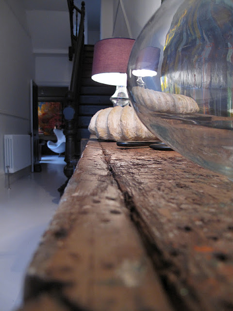stalas iš arčiau