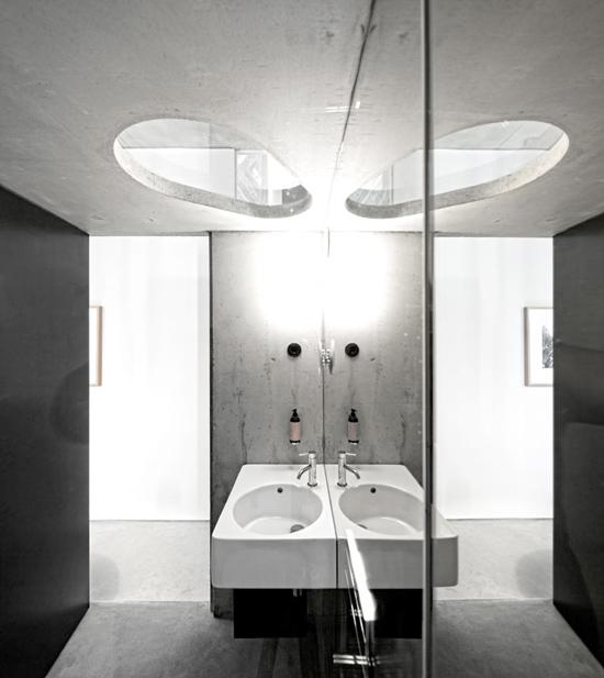 viešbučio vonios kambario interjeras