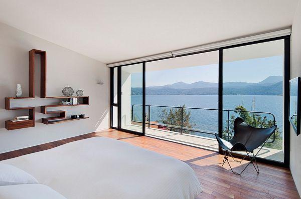 miegamojo interjeras, vaizdas už lango15