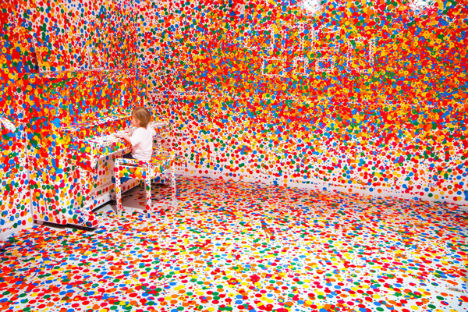 vaikų nuspalvota interjero instaliacija5