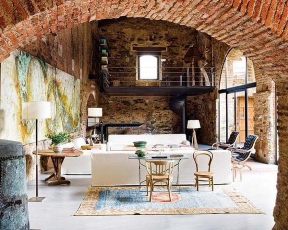 Rekonstrukcija, senos plytos, arka, paveikslas, svetainės interjeras