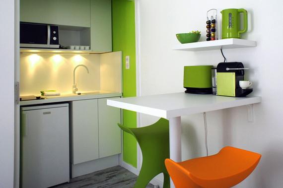pop art interjeras mažame bute, virtuvė