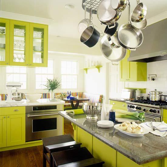 žalios spalvos atspalviai virtuvės interjero dizainui6
