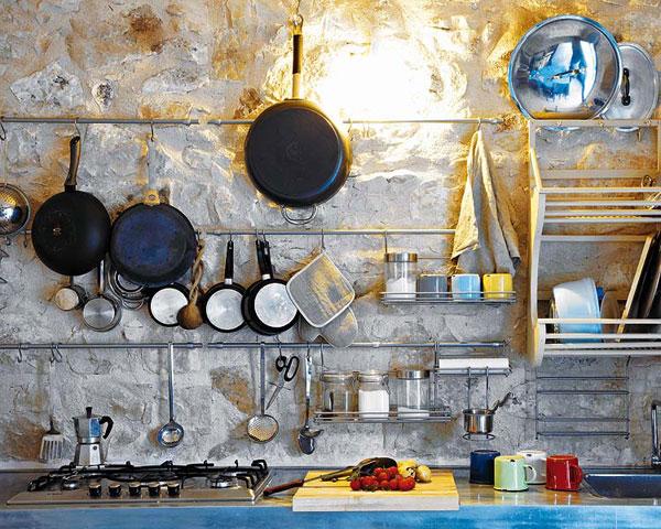 virtuvės interjeras, virtuviniai įrankiai