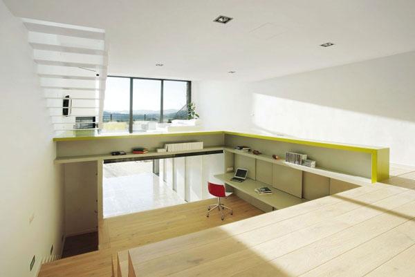 Terasinis namas, bendra interjero erdvė, 3 lygiai1