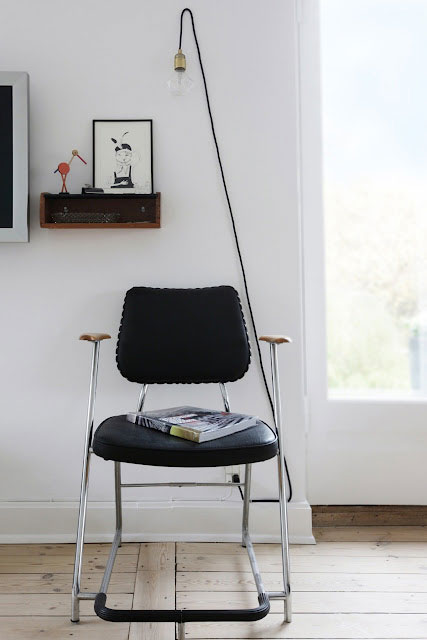 kėdė, paveikslas, lentynėlė