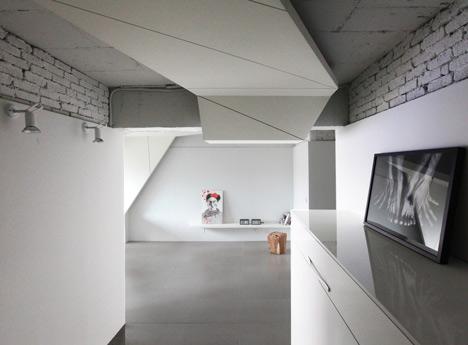 buto interjeras, konstrukcija ant lubų