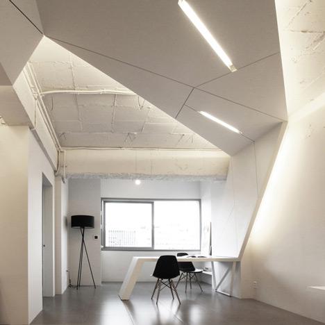 buto interjeras, konstrukcija ant lubų, sienos