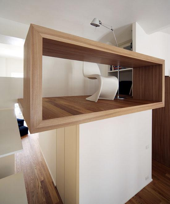 darbo kambario erdvė, stalas, medinė konstrukcija