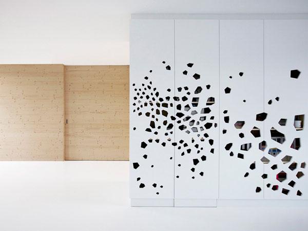 pušis, balta, angomis dekoruota siena, proporcijos