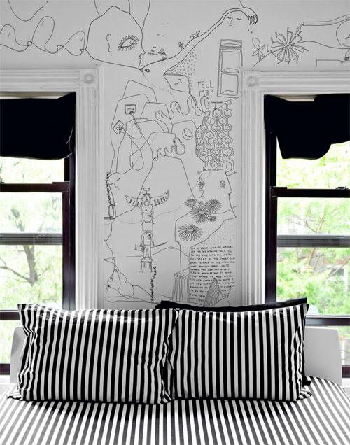 piešiniai ant sienų, dryžuotos pagalvėlės