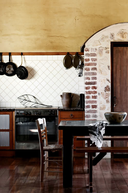 plytų arka virtuvėje