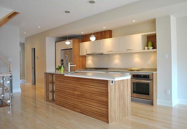šviesaus medžio sala, grindys virtuvėje