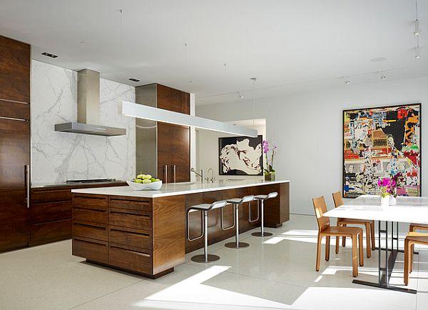 medinės spintelės virtuvė sala