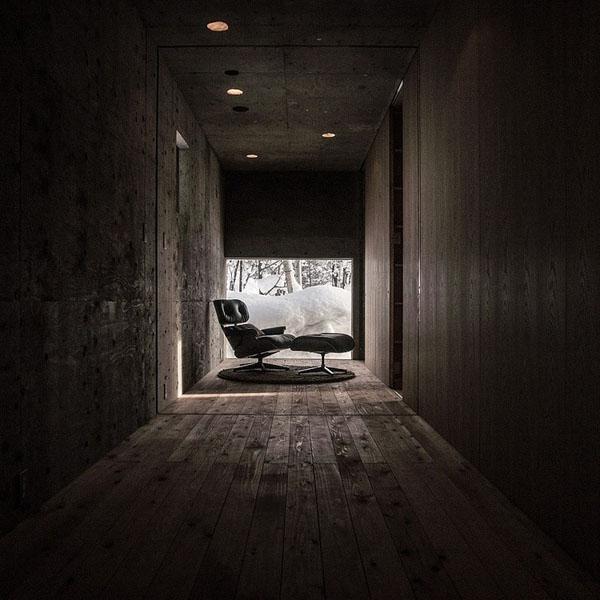house-hirafu-florian-busch-architects, koridorius, fotelis