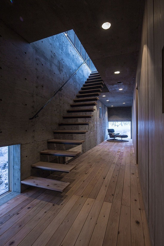 house-hirafu-florian-busch-architects, laiptai