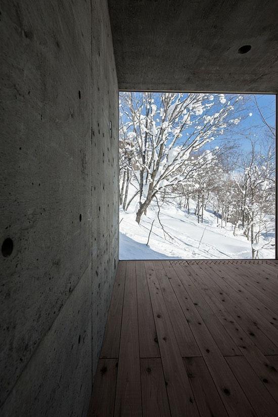 house-hirafu-florian-busch-architects betono siena, langas