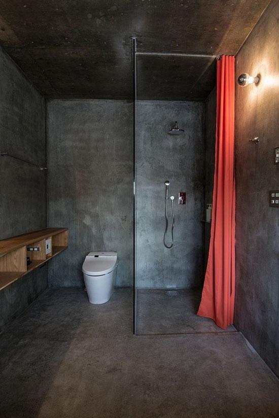 house-hirafu-florian-busch-architects, klozetas, dušo kabina