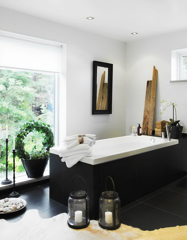 1-bathroom-black-white