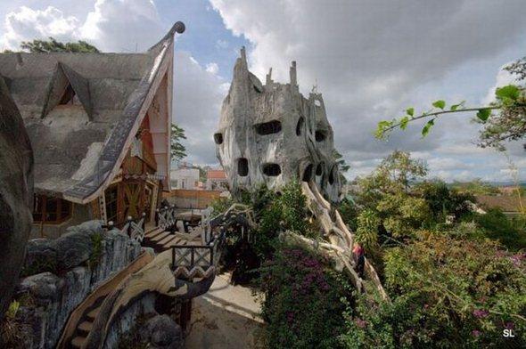 strange_house_in_vietnam_07