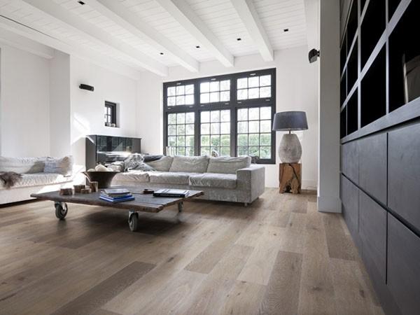 medinių grindų danga