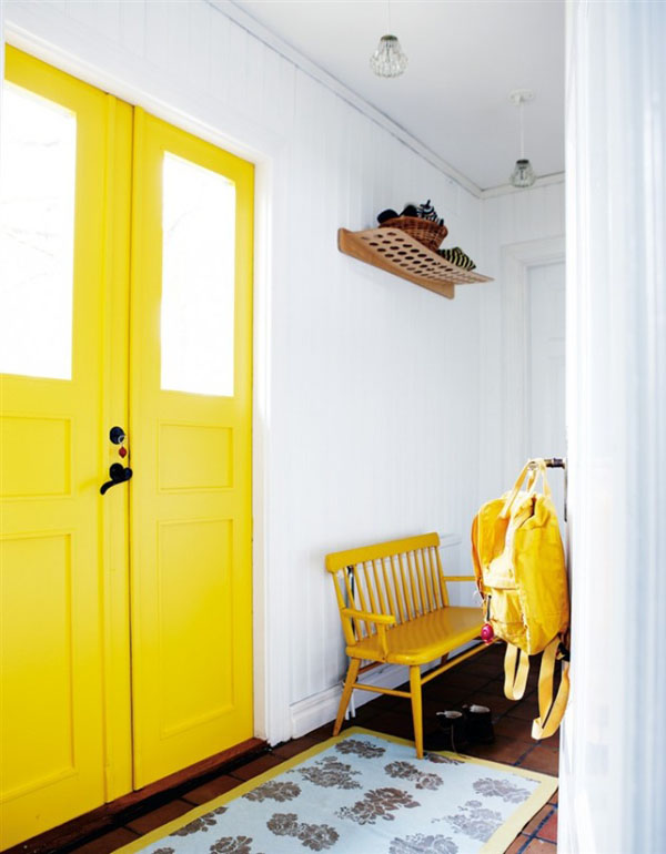 50-yellow-hallway-665x853