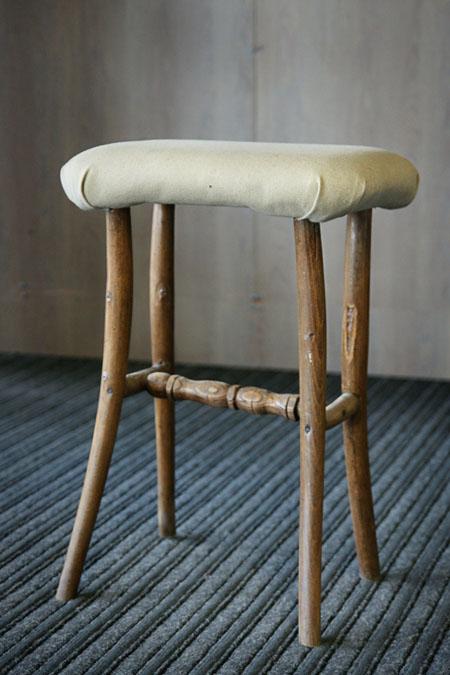Barokinės kėdės pirmtakas