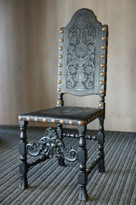 Baroko stiliaus kėdė 5
