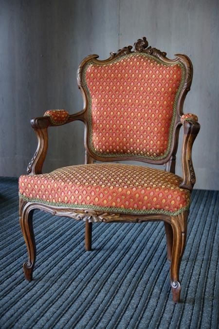 Rokoko stiliaus kėdė